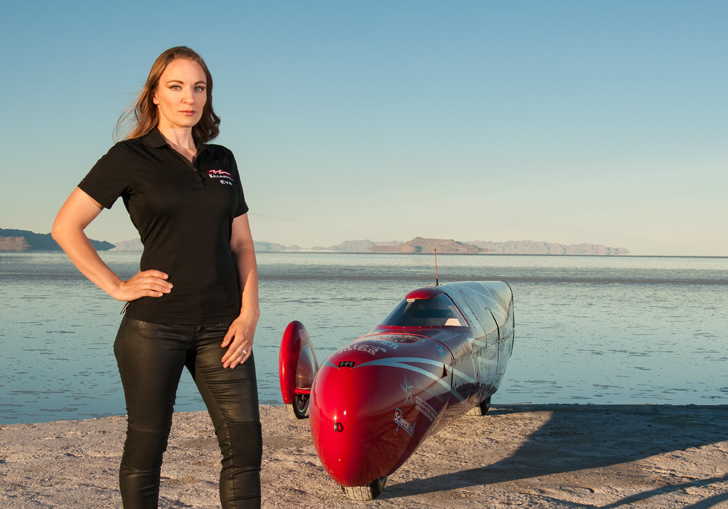 image of eva hakansson and her killajoule electric motorcycle